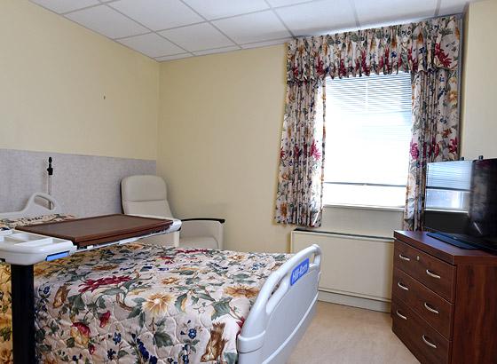 Ozanam Hall patient room